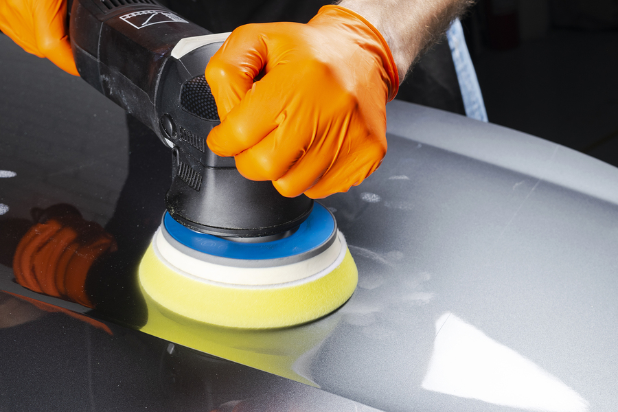 Benefits of Having Your Car Professionally Waxed